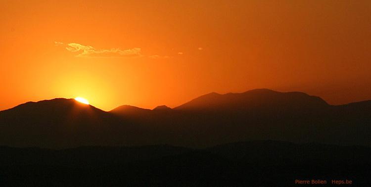 Nuage soleil montagne ciel heps photos pictures - Photo coucher de soleil montagne ...